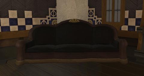 御用邸のソファー2